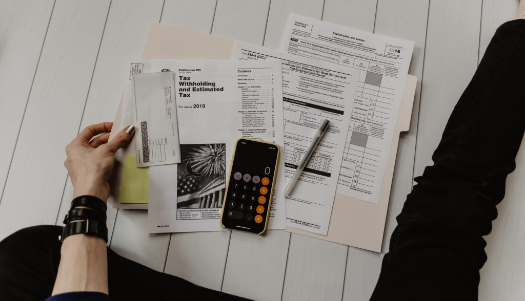 How to Become an Accounting Technician in 2021